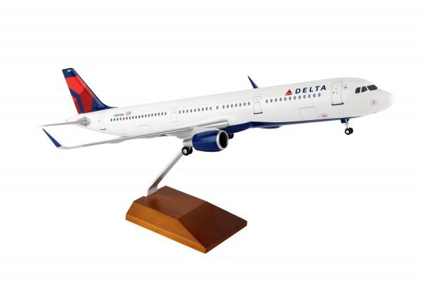 Airbus A321 Delta Air Lines N301DN Scale 1/100 w/Gear