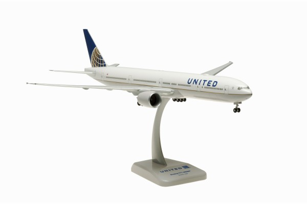 Boeing 777-300ER United Airlines with WiFi Radome Scale 1:200