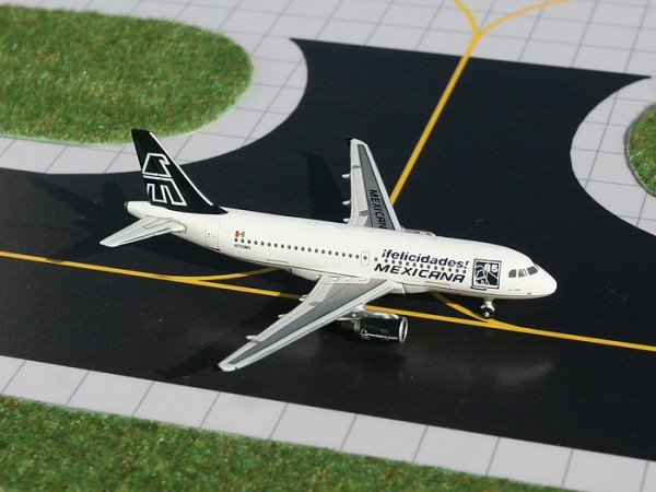 "Airbus A319 Mexicana ""85th Anniversary Colors"" N750MX Scale 1/400"