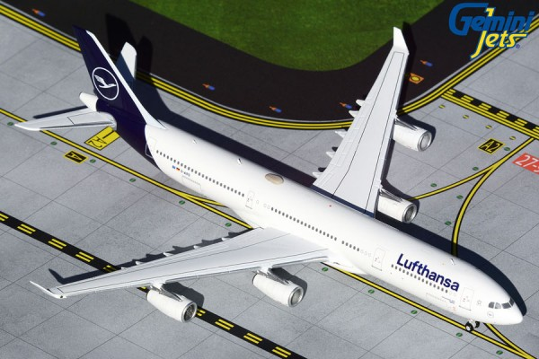 Airbus A340-300 Lufthansa New Livery D-AIFD Scale 1/400