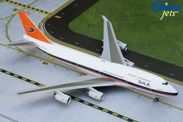 """Boeing 747-400 South African Airways """"1990s livery"""" Scale 1/200"""