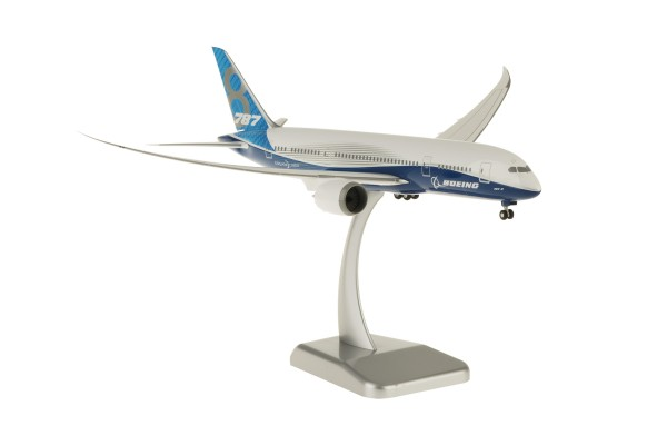 Boeing 787-8 House Color New Livery Scale 1:200