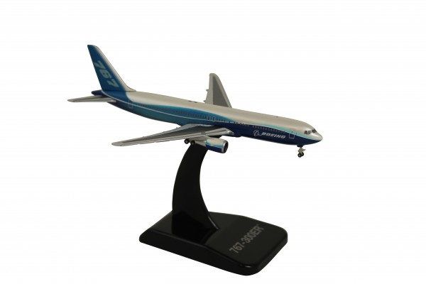 Boeing 777-300ER House Color Scale 1:500