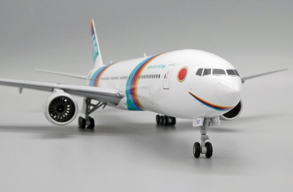 Boeing 777-200 Japan Air System JA007D Scale 1/200