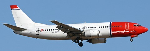 Boeing 737-300 Norwegian LN-KKV Scale 1/200