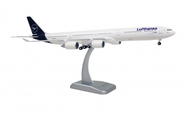 Airbus A340-600 Lufthansa New Livery Scale 1:200 w/G