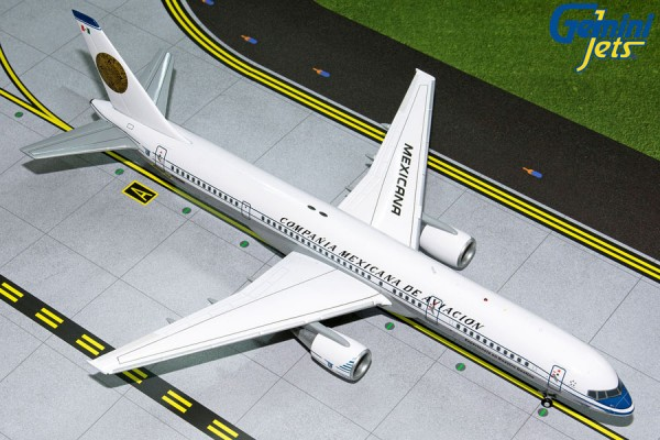 """Boeing 757-200 Mexicana """"Retro Livery"""" N380RM Scale 1/200"""