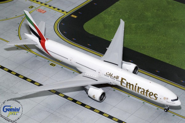 "Boeing 777-300ER Emirates ""New Expo 2020"" Scale 1/200"