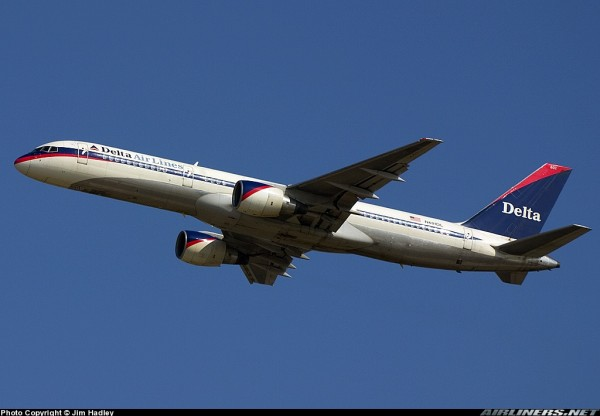 "Boeing 757-200 Delta Air Lines ""Ron Allen"" livery N601DL Scale 1/400"