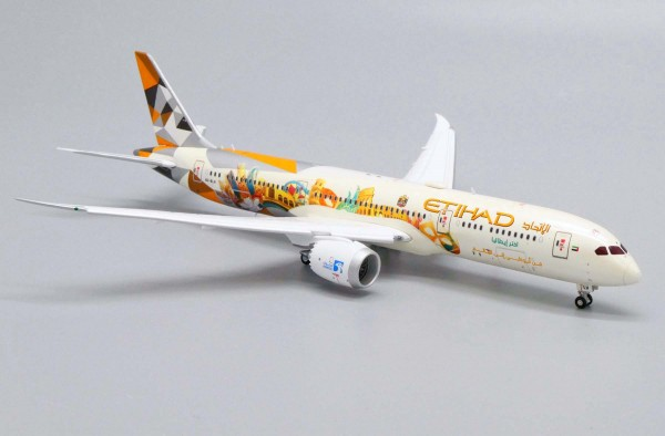 """Boeing 787-9 Dreamliner Etihad Airways """"Choose Italy Livery"""" Flaps Down Version A6-BLH Scale 1/400"""