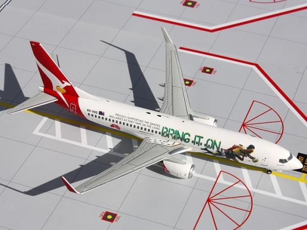 """Boeing 737-800 Qantas Airways """"Bring it On Rugby"""" Scale 1/200"""