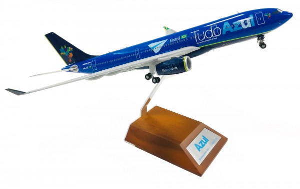 "Airbus A330-200 Azul ""Tudo Azul"" PR-AIT Scale 1/200"