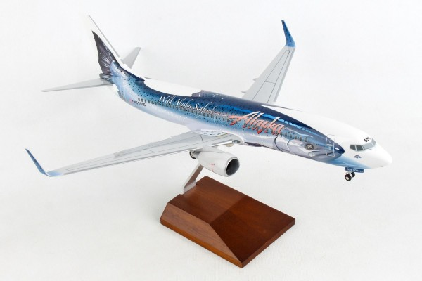 "Boeing 737-800 Alaska Airlines ""Salmon Thirty Salmon"" N559AS Scale 1/100 w/Gear"
