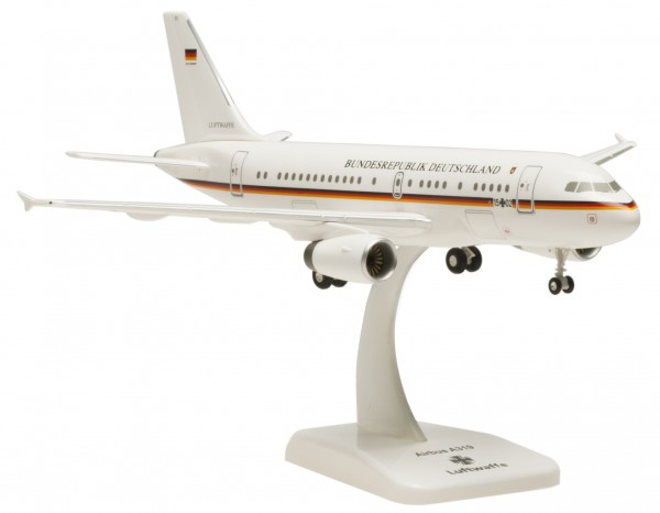 Airbus A319 Luftwaffe 15+02 Scale 1:200