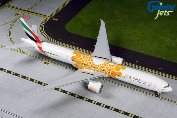 "Boeing 777-300ER Emirates ""Orange Expo 2020"" A6-EPO Scale 1/200"