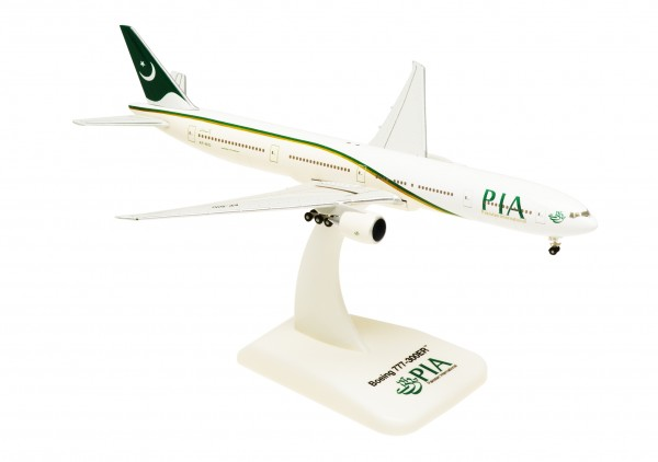 Boeing 777-300ER Pakistan International Airlines Scale 1:500