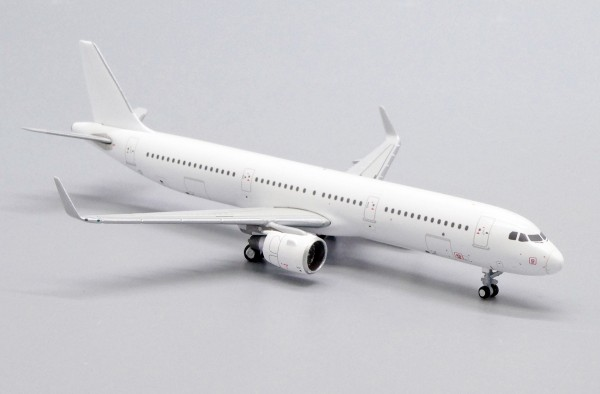 """Airbus A321SL with CFM Engines """"Blank"""" Scale 1/400"""