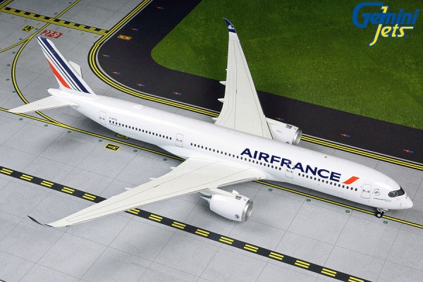 Airbus A350-900 Air France F-HTYA Scale 1/200