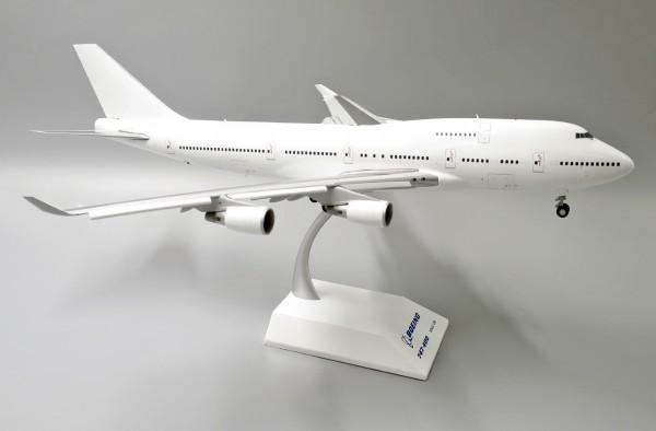 """Boeing 747-400 (GE) """"Blank"""" Scale 1/200"""