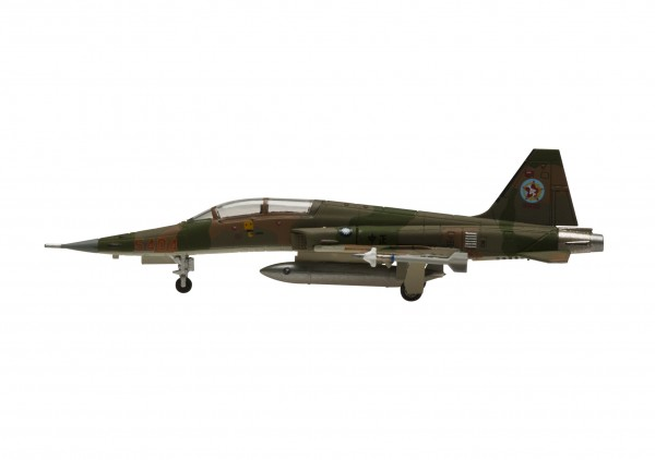Northrop F-5F Freedom Fighter Republic Of China Air Force (ROCAF) Camouflage Scale 1/200