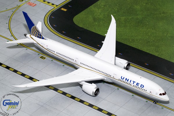 Boeing 787-10 Dreamliner United Airlines Scale 1/200