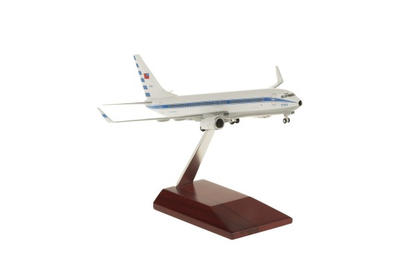 Boeing 737-800WW ROCAF (Taiwan Air Force) with wooden stand 3701 Scale 1:200