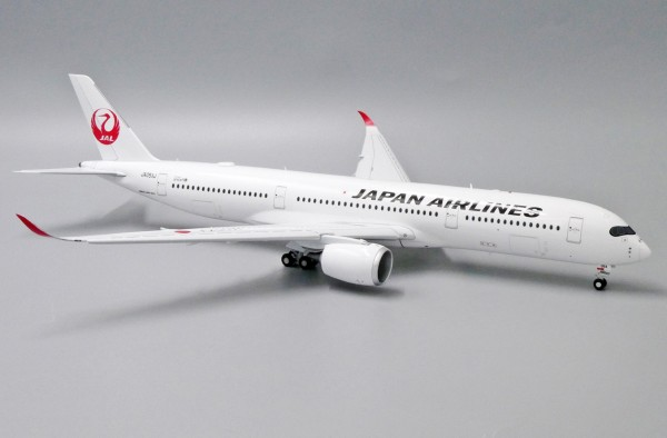 Airbus A350-900XWB Japan Airlines Flaps Down Version JA05XJ Scale 1/200