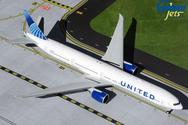 Boeing 777-300ER United Airlines NL N2749U Scale 1/200