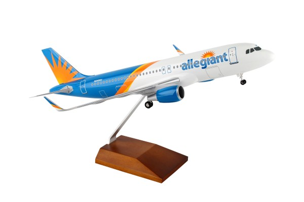 Airbus A320 Allegiant Air Scale 1/100 w/Gear
