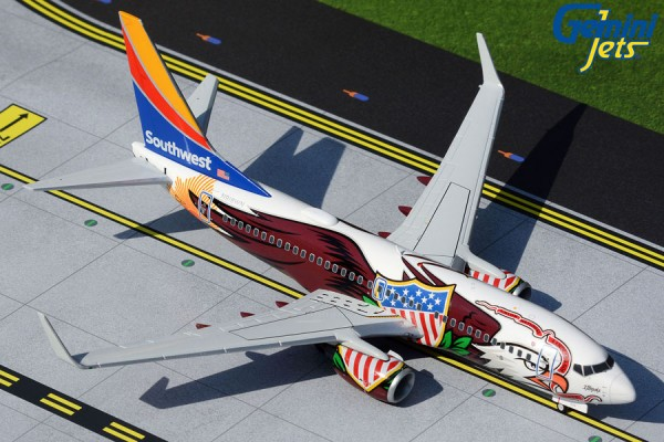"""Boeing 737-700 Southwest Airlines """"Illinois One"""" N918WN Scale 1/200"""