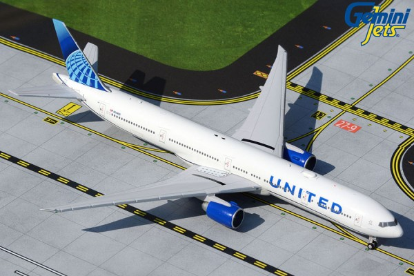 Boeing 777-300ER United Airlines new livery Scale 1/400