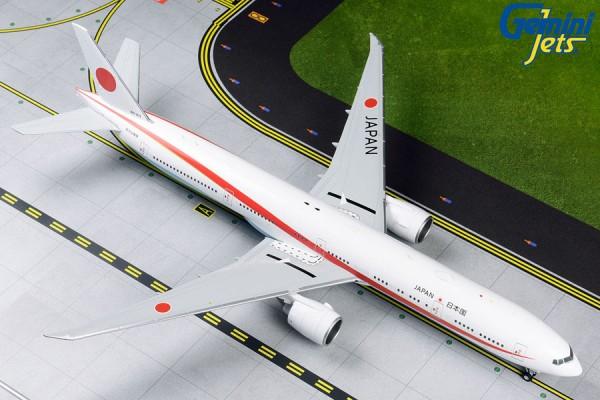 Boeing 777-300ER Japan Air Self Defense Force (JASDF) Scale 1/200