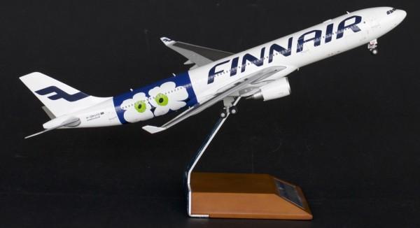 """Airbus A330-300 Finnair """"Marimekko"""" OH-LTO Scale 1/200"""