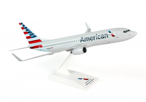 Boeing 737-800 American Airlines NL Scale 1/130