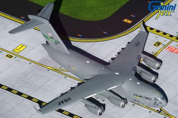 """Boeing C-17 Globemaster III U.S. Air Force """"McChord"""" Scale 1/400"""