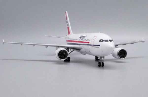Airbus A310-300 Wardair C-GDWD Scale 1/200
