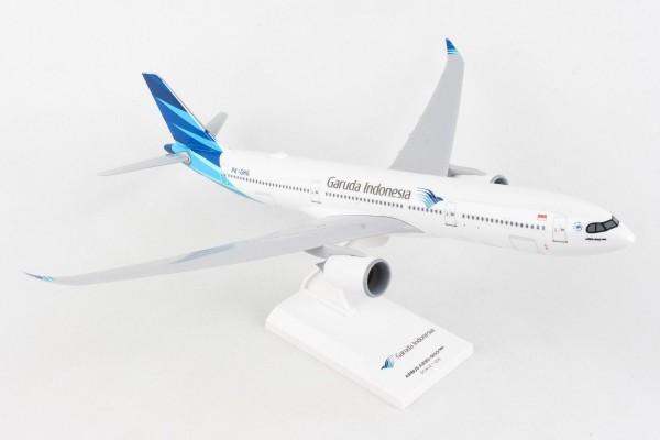 Airbus A330-900neo Garuda Indonesia Scale 1/200
