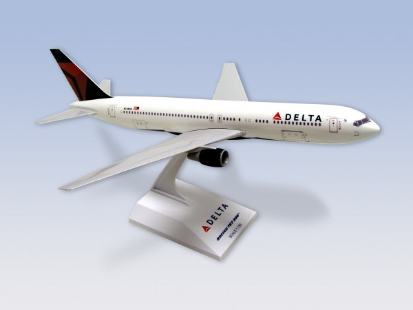 Boeing 767-300 Delta Airlines Scale 1/150
