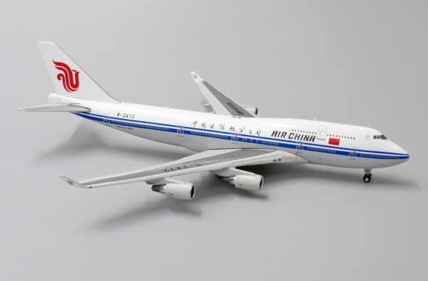 Boeing 747-400 Air China B-2472 Scale 1/400