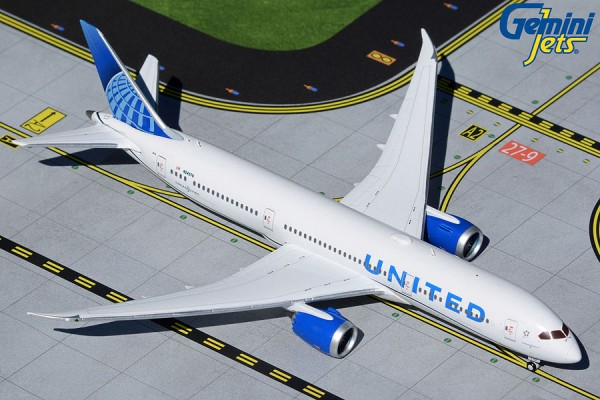 Boeing 787-9 United Airlines N24976 Scale 1/400