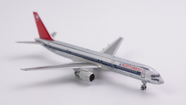 """Boeing 757-200 Northwest Airlines """"full NW color;red tail with NW logo"""" N504US Scale 1/400"""