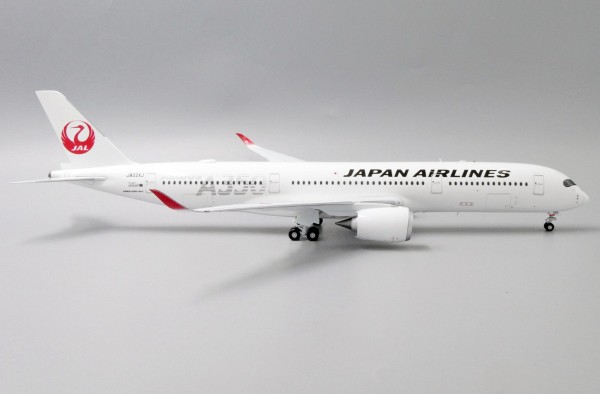 """Airbus A350-900XWB Japan Airlines """"JAL Silver"""" JA02XJ Scale 1/200"""