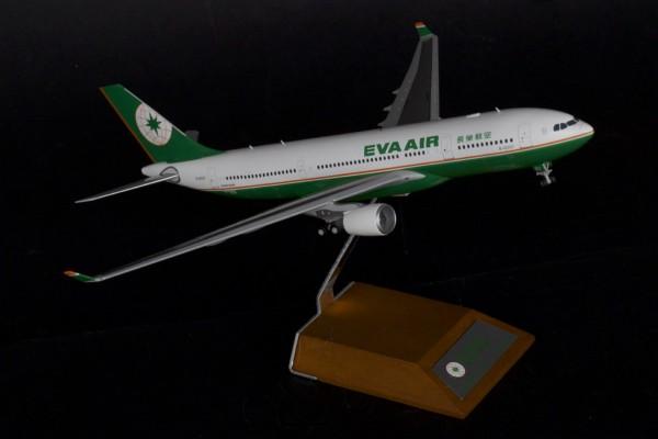 Airbus A330-200 EVA Air B-16307 Scale 1/200