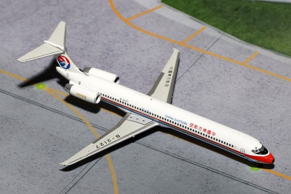 McDonnell Douglas MD-82 China Eastern Airlines Scale 1/400