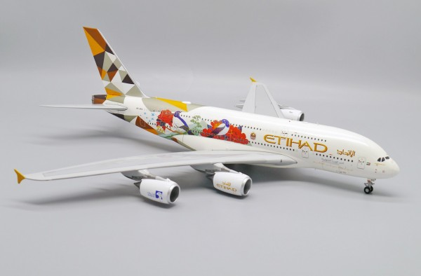 """Airbus A380-800 Etihad Airways """"Choose South Korea"""" A6-APG Scale 1/200"""