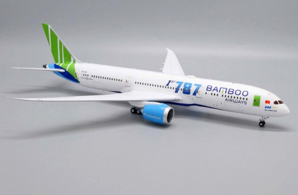 Boeing 787-9 Bamboo Airways VN-A819 Scale 1/200 #