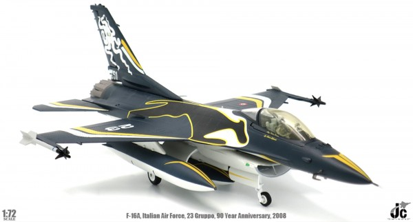General Dynamics F-16A Fighting Falcon Italian Air Force Scale 1/72
