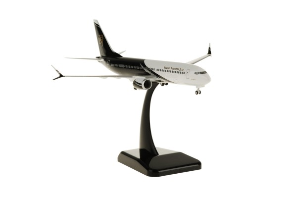 Boeing 737 Max 8 Business Jet NL Scale 1:200
