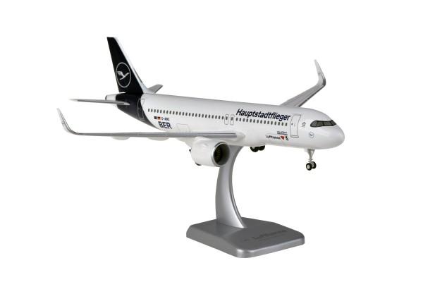 """Airbus A320neo Lufthansa New Livery """"Hauptstadtflieger"""" D-AINZ Neubrandenburg Scale 1:200 w/G"""