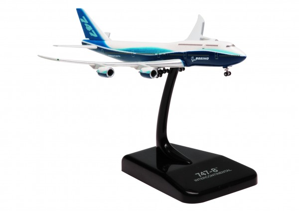 Boeing 747-8 House Color Scale 1:1000